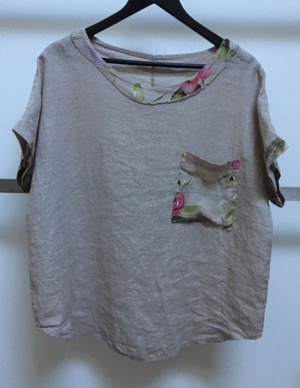 Linen Top with Rose Print Contrast